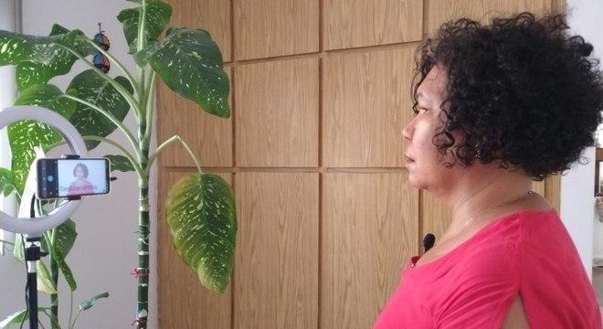 Vera Lúcia falou de enchentes em entrevista à emissora de tv