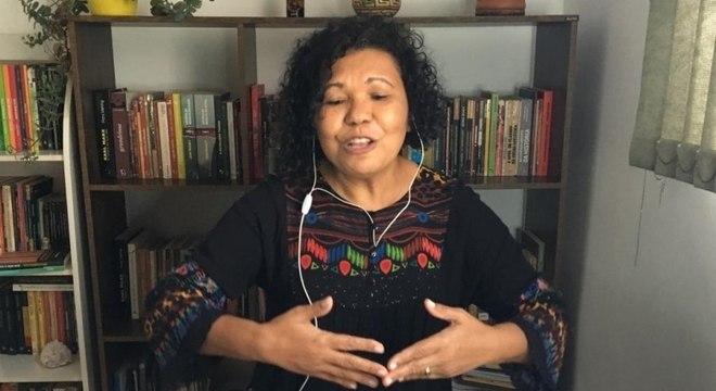 Vera Lúcia cobra a criação de vagas públicas em creches da capital paulista