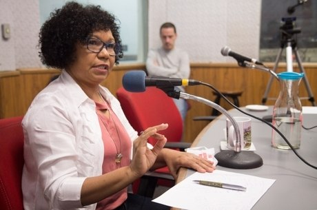 Vera falou sobre discriminação de gênero na política