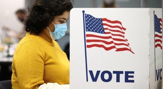 Americanos foram às urnas nesta terça-feira (3) para escolher futuro presidente