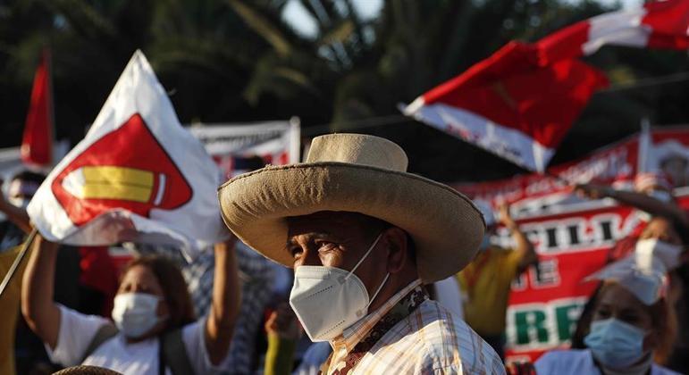 Pedro Castillo venceu nas urnas, mas não foi declarado o novo presidente do Peru