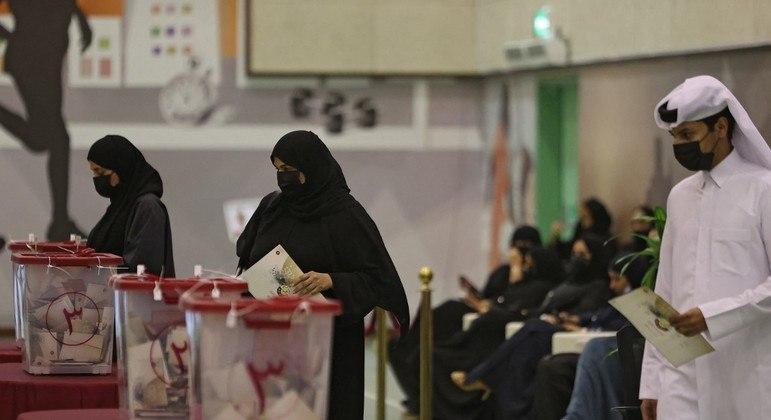 Mulheres representavam cerca de 10% das pessoas que se candidataram às eleições