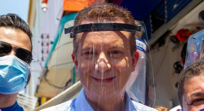 O candidato Celso Russomano faz campanha em Santo Amaro nesta sexta (2)