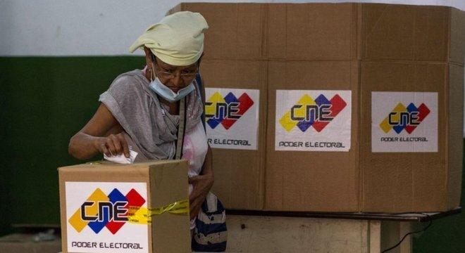 Venezuela vai renovar a Assembleia Nacional, único Poder controlado hoje pela oposição