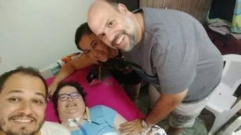__Mulher com pólio vai para casa após viver 43 anos em hospital__