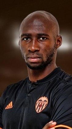 Eliaquim Mangala (30 anos): zagueiro - Último clube: Valencia - Valor de mercado: 2,5 milhões de euros.