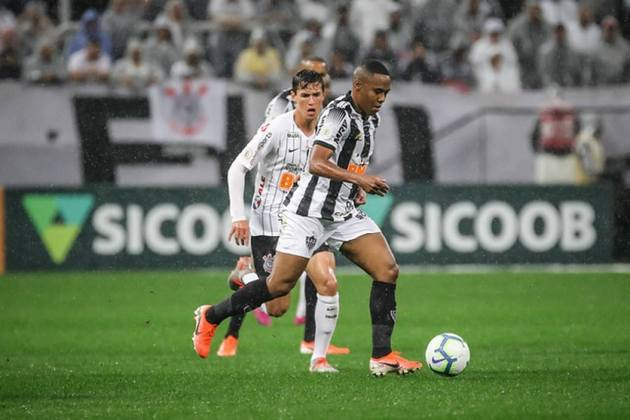 Elias - Volante - 35 anos - Ultimo clube: Bahia