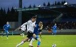 A Alemanha, por sua vez, atropelou a seleção da Islândia e goleou por 4 a 0. Gnabry, Rudiger, Sané e Timo Werner fizeram os gols da seleção alemã