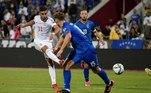 Jogando fora de casa, a Espanha venceu com segurança a seleção de Kosovo, por 2 a 0, com gols de Ferran Torres e Pablo Fornals
