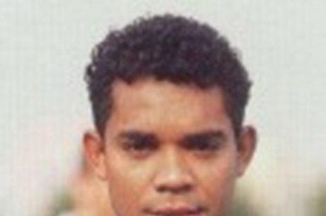 Elivélton ganhou cinco títulos pelo São Paulo