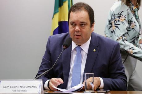 Deputado Elmar Nascimento (DEM-BA) é internado com covid-19