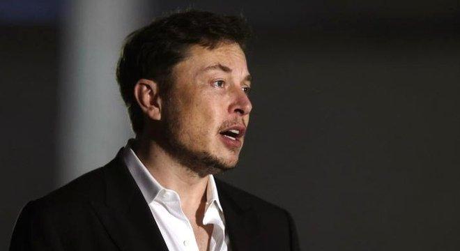 Elon Musk ofereceu ajuda para salvar meninos presos em caverna na Tailândia