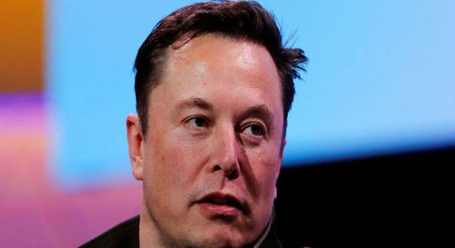 Depois de três dias afastado do Twitter, Elon Musk está de volta