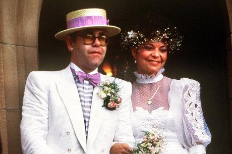 Elton John foi processado pela ex-mulher