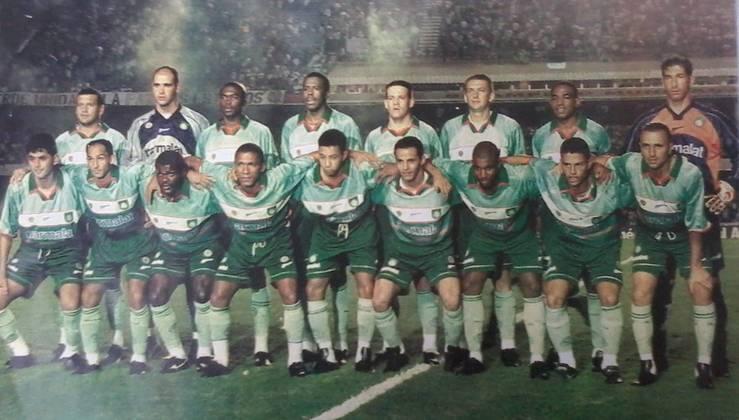 Em 1 de março de 2000, o Vasco de Juninho Pernambucano, Romário e Edmundo levou 4 a 0 do Palmeiras, no Morumbi. Pena, Argel, Euller e Arce fizeram os gols que valeram o título do Rio-São Paulo.
