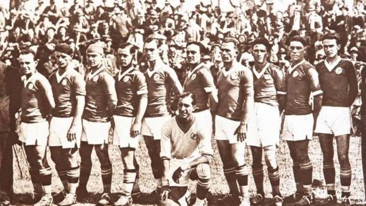 Em 13 de agosto de 1933, o Parque Antarctica foi reinaugurado como Palestra Itália, com arquibancada de concreto, sendo um dos mais modernos na época. Em campo, pelo Torneio Rio-São Paulo, 6 a 0 sobre o Bangu: Gabardo, Avelino e Romeu Pellicciari fizeram dois gols cada um.