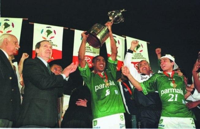 Em 16 de junho de 1999, o Deportivo Cali dificultou, mas o sonho da Libertadores virou realidade para o Palmeiras. Após perder a ida por 1 a 0, na Colômbia, o Verdão fez jogo tenso no Palestra Itália, mas venceu por 2 a 1 (gols de Evair e Oseas) e o esperado título veio com triunfo nos pênaltis, por 4 a 3.