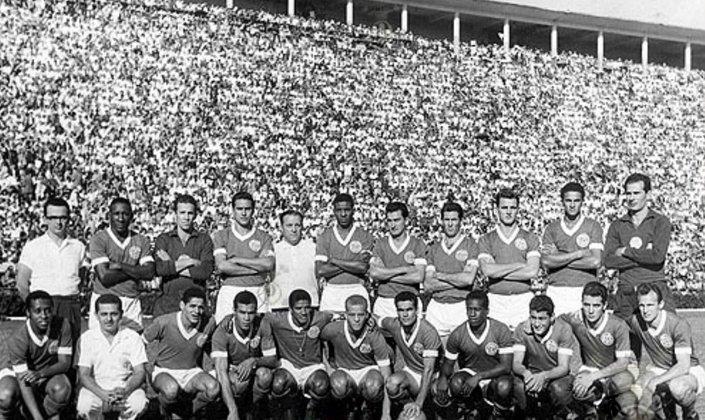 Em 19 de maio de 1965, pelo Torneio Rio-São Paulo, o Palmeiras aplicou 5 a 0 sobre o São Paulo, no Pacaembu. Servílio e Dario fizeram dois gols cada um. Rinaldo completou.