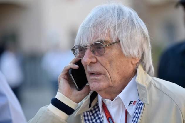 Em 1971, Ecclestone se aproximou de Ron Tauranac, então dono da Brabham, e fez uma proposta de £ 100 mil para assumir a equipe. O negócio foi fechado