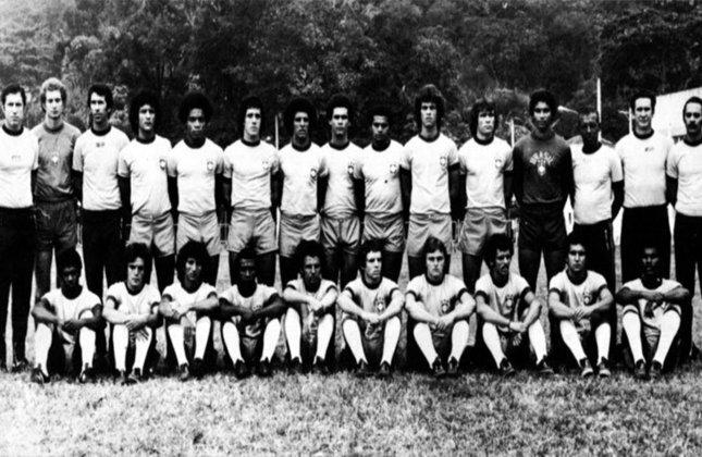 Em 1976, na Olimpíada de Montreal, o Brasil também estreou contra a Alemanha. Mas a Alemanha Oriental.  Júnior, Edinho, Carlos, Batista e Marinho ficaram no 0 a 0. Com Júnior, Edinho, Carlos, Batista, Marinho e Rosemiro, o Brasil ficou em quarto lugar na competição.