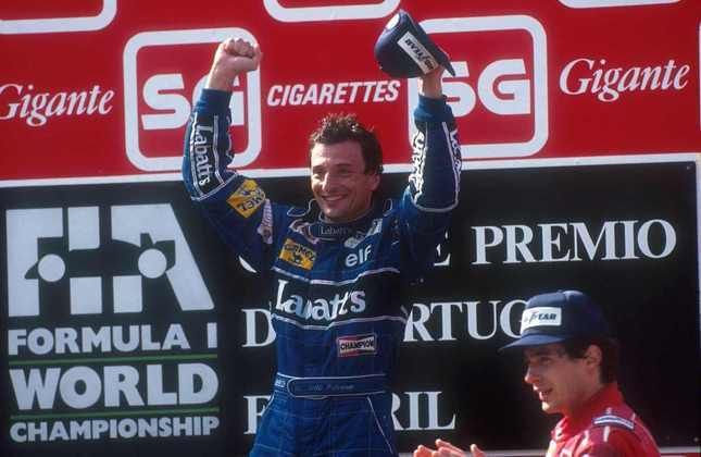 Em 1991, Nigel Mansell tinha tudo para vencer, mas foi desclassificado após um pit-stop desastroso. Vitória do companheiro Ricardo Patrese