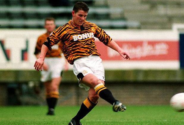 Em 1992, o clube Hull City apostou em uma camisa com estampa de tigre em uma homenagem ao mascote do clube. Entretanto, o resultado ficou exagerado e acabou pesando para o lado negativo.