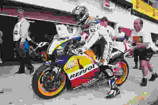 Em 1996, Mick Doohan venceu o GP da Itália, em Ímola, e sagrou-se campeão das 500cc