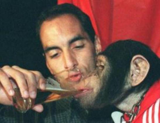 Em 1999, durante o aniversário de seu filho Alexandre, ele foi fotografado dando bebidas alcoólicas para um macaco. Depois, para se defender, disse que era apenas refrigerante.
