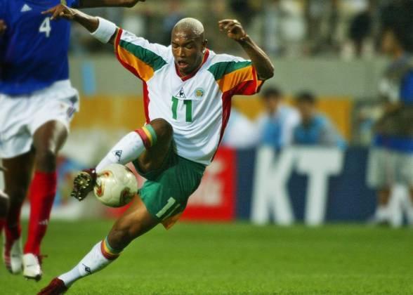 Em 2002, Senegal chegou até as quartas de final. Passou pela Suécia, mas acabou caindo para a Turquia.