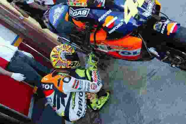 Em 2002, Valentino Rossi sagrou-se campeão da primeira temporada da era da MotoGP