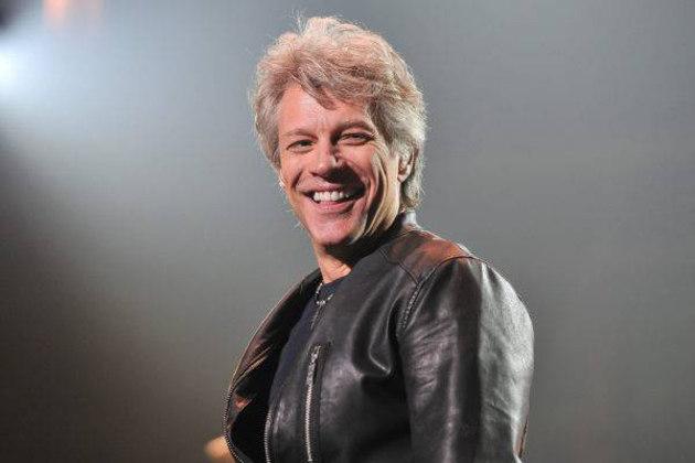 Em 2004, Jon Bon Jovi, líder da banda que leva seu nome, fundou e tornou-se sócio majoritário do Philadelphia Soul, de futebol americano indoor. Ganhou título quatro anos depois e, em 2009, o clube fechou as portas