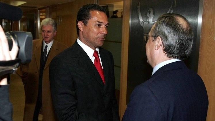 Em 2005, Luxemburgo chegava ao Real Madrid, um dos grandes momentos de sua carreira. Em um elenco que era conhecido como 'galáctico', Luxa acabou se envolvendo em algumas polêmicas com alguns medalhões e líderes do grupo. Além disso, Luxa também bateu de frente com Florentino Pérez, presidente do clube Merengue.