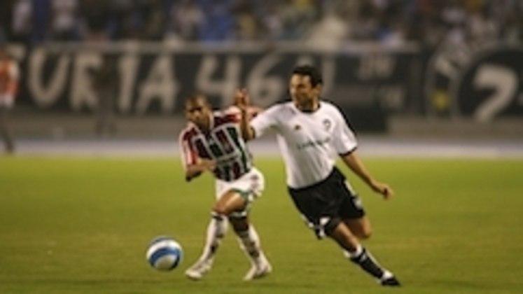 Em 2007, o Botafogo venceu, por 2 a 1, o jogo que marcou a inauguração do Estádio Nilton Santos. Dodô brilhou, com dois gols pelo Glorioso