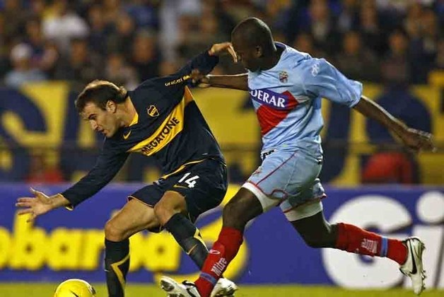 Em 2008, o Boca Juniors conquistou o tetra contra o Arsenal de Sarandí. No primeiro jogo, o Boca venceu por 3 a 1 fora de casa e empatou por 2 a 2 em casa, consolidando o título.