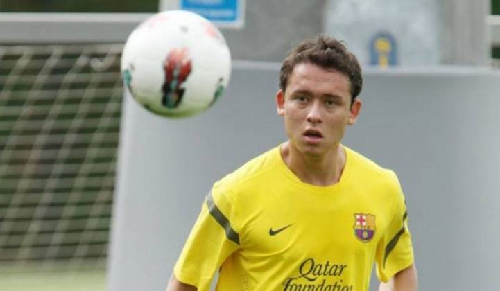 Em 2009, após boas passagens por Coritiba e Palmeiras, o atacante Keirrison foi contratado pelo Barcelona. No entanto, após ter sido emprestado para outros clubes, o brasileiro deixou a Catalunha sem nunca ter entrado em campo com a camisa azul e grená