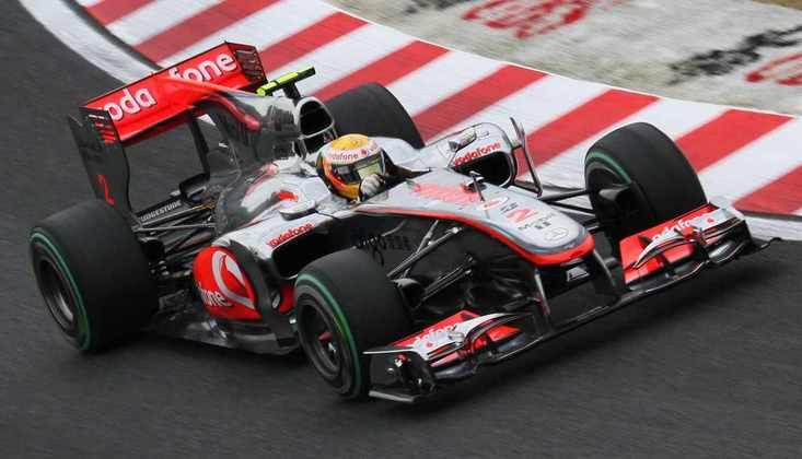Em 2010, a McLaren retomou a forma competitiva com o MP4/25. Foram três vitórias de Lewis, que ficou em quarto no campeonato