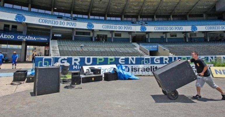 Em 2011, RONALDINHO foi alvo de um leilão entre Grêmio, Flamengo e Palmeiras. O Tricolor gaúcho chegou a colocar caixas de som à espera do retorno do seu astro. Mas ele acabou se apresentando no Rubro-Negro.
