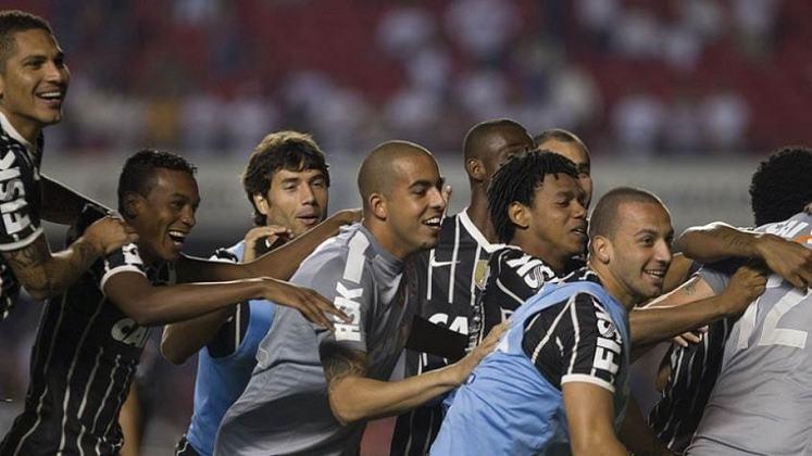 Em 2013, o Tricolor caiu na semifinal nos pênaltis diante do Corinthians.