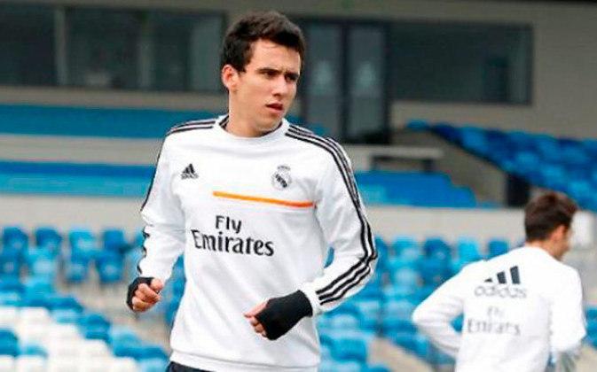 Em 2014, passou seis meses emprestado no time B do Real Madrid, o Real Castilla, e mal foi aproveitado, fazendo apenas quatro jogos no clube madrilenho e nenhum gol.