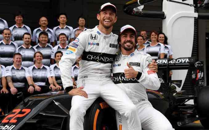 Em 2015, Alonso assinou com a McLaren para uma segunda passagem pelo time