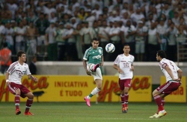 Em 2015, o Flu iniciou apenas nas oitavas de final por ter terminado o Brasileirão em sexto e ser o melhor colocado que não se qualificou para a Libertadores. Assim, eliminou o Paysandu por 4 a 2 no agregado, deixou o Grêmio para trás nas quartas com 0 a 0 em casa e 1 a 1 fora, portanto passando pelo gol em Porto Alegre, mas caiu na semifinal nos pênaltis para o Palmeiras.