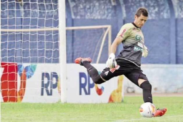 Em 2015, o goleiro Jonathan marcou um gol para o Operário-PR da sua área, contra o Nacional-PR, pelo Campeonato Paranaense.