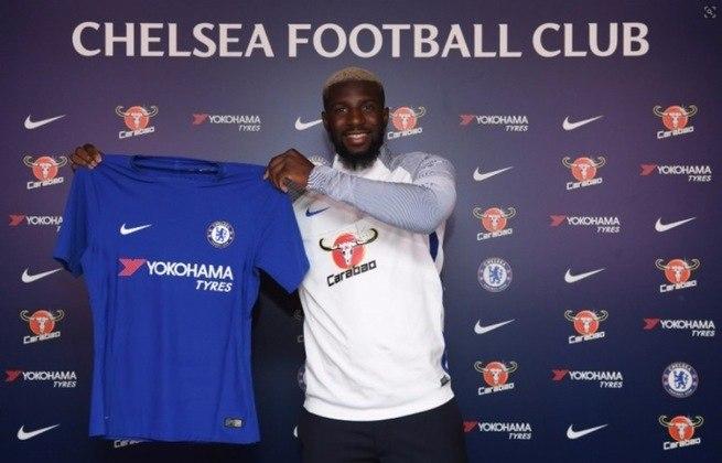 Em 2017 o Chelsea apostou no volante francês Bakayoko que deixou o Monaco por 40 milhões de euros (cerca de R$ 254 milhões atuais).