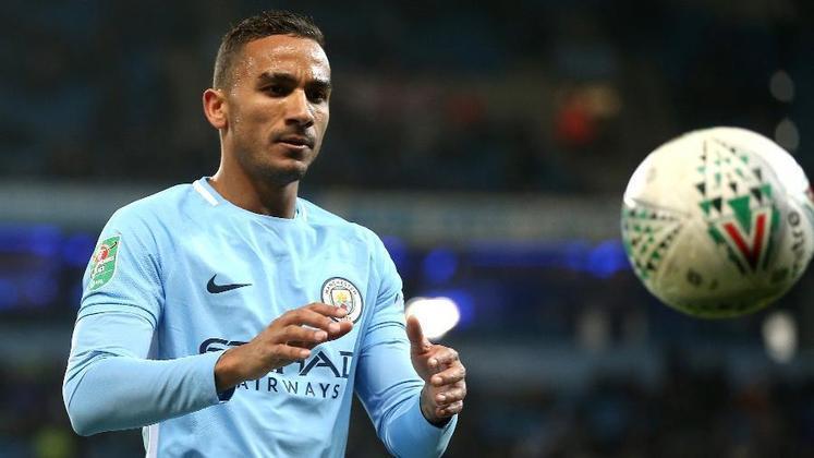 Em 2017 o Manchester City pagou 35 milhões de euros (cerca de R$ 231 milhões) ao Real Madrid pelo lateral-direito brasileiro Danilo.