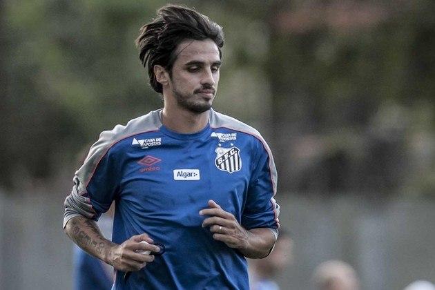 Em 2018, Bryan Ruiz foi anunciado no Santos após ter sido titular da Costa Rica na Copa do Mundo da Rússia. Ele também havia se destacado pelo Fulham e Sporting, porém, no Peixe, teve poucas oportunidades (apenas 14), sem nenhum gol feito e muita insatisfação. Ele chegou a ficar mais de um ano sem atuar e constantemente está em briga contratual com a equipe.