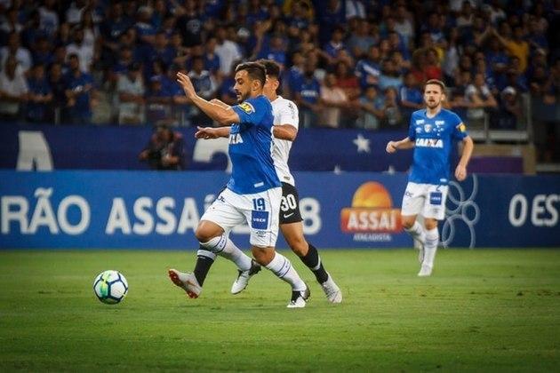 Em 2018, Cruzeiro e Corinthians decidiram o título da Copa do Brasil. No jogo de ida, no Mineirão, vitória da Raposa por 1 a 0. Na volta, nova vitória dos mineiros, na Arena, por 2 a 1 e a conquista do título.