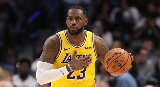 LeBron James é o grande nome da NBA na atualidade