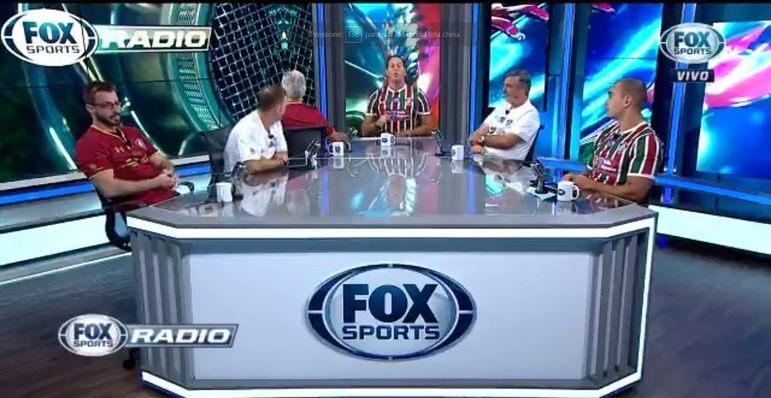 Em 2018, o Fluminense venceu o Flamengo na semifinal da Taça Rio. Com isso, todos os integrantes do Fox Sports Rádio apresentaram o programa vestindo camisas do Tricolor Carioca, já que todos tinham apostado em uma vitória do Rubro-Negro.
