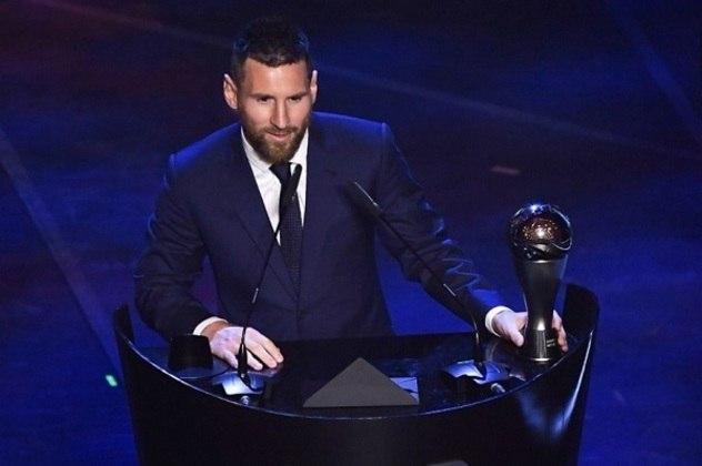 Em 2019, Lionel Messi conquistou a honraria pela sexta vez na carreira. O argentino desbancou o zagueiro Virgil Van Dijk, que ficou em segundo, e Cristiano Ronaldo, que ficou em terceiro.