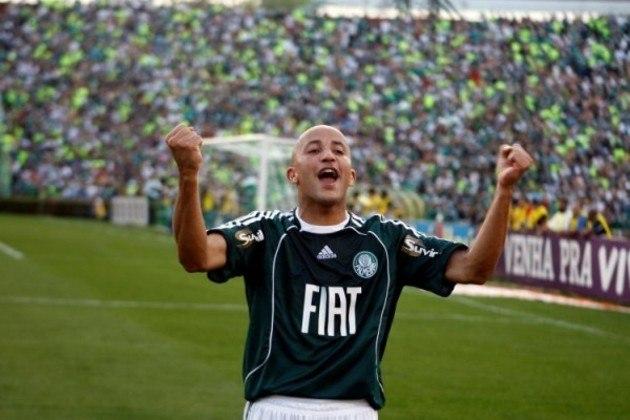 Em 4 de maio de 2008, mais um título paulista celebrado no Palestra Itália - e o último do clube até agora. O Palmeiras impôs 5 a 0 sobre a Ponte Preta, com três gols de Alex Mineiro, um golaço de Valdivia e, ainda, um gol contra de Ricardo Conceição.
